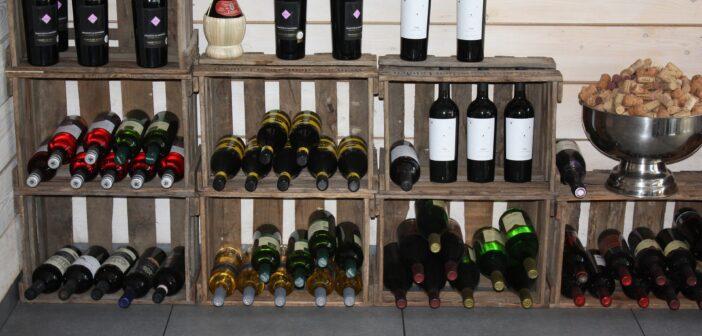 Výběr stojanu na víno
