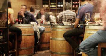 5 věcí, které z vás udělají mistra vínopárty!