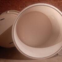Plastová káď / nádoba s plovoucím víkem 2000 L