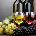 Bílá, růžová a červená vína z Moravy